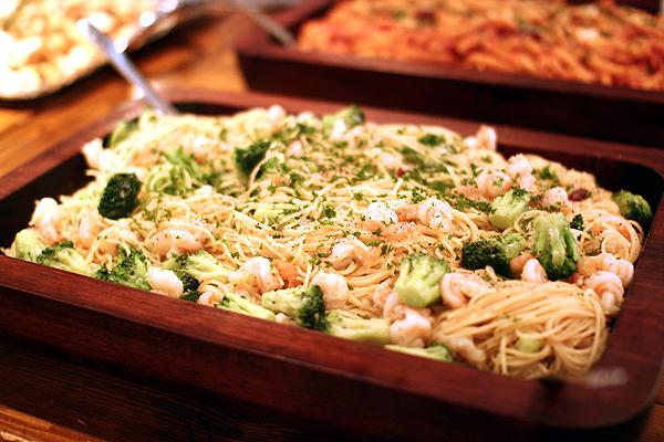 新ニンニクと季節野菜のペペロンチーノ